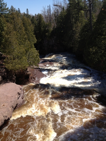 Rushing water between the 4th and 5th waterfalls upstream on the Gooseberry River